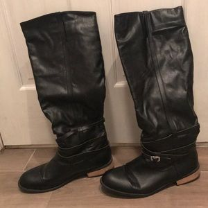 Size 10 gently worn tall black boots